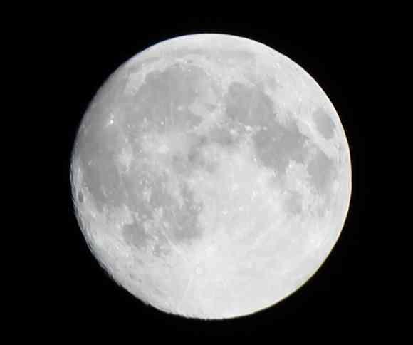 【大注目】本日11月14日は約70年振りの特大「スーパームーン」が見られる日! 最も大きく見られる時間帯は22時52分ごろ!!   ロケットニュース24
