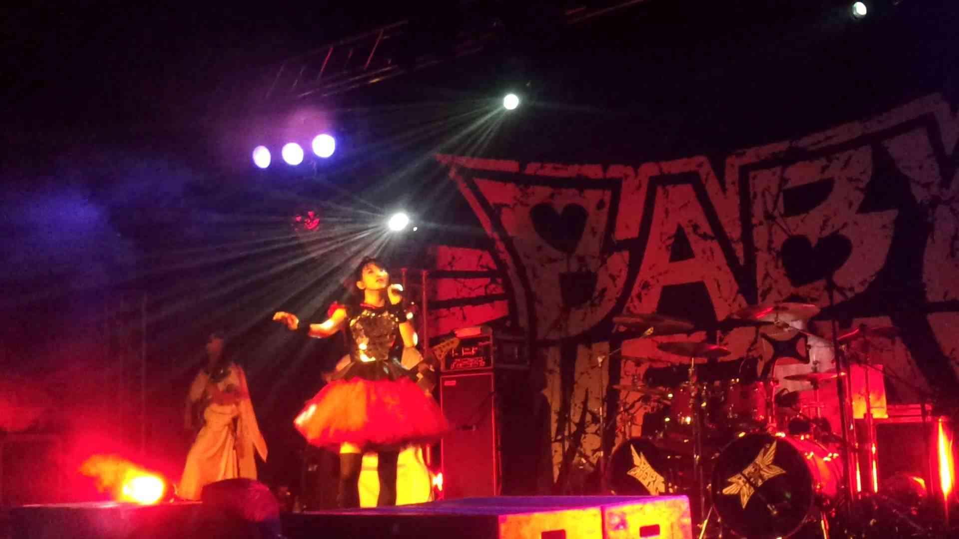 BABYMETAL - (悪夢の輪舞曲) Akumu no Rondo - 3-7-2014 LIVE - YouTube