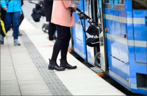 「空気が違う…」海外ママが感じる、東京のココが子育てしづらい!