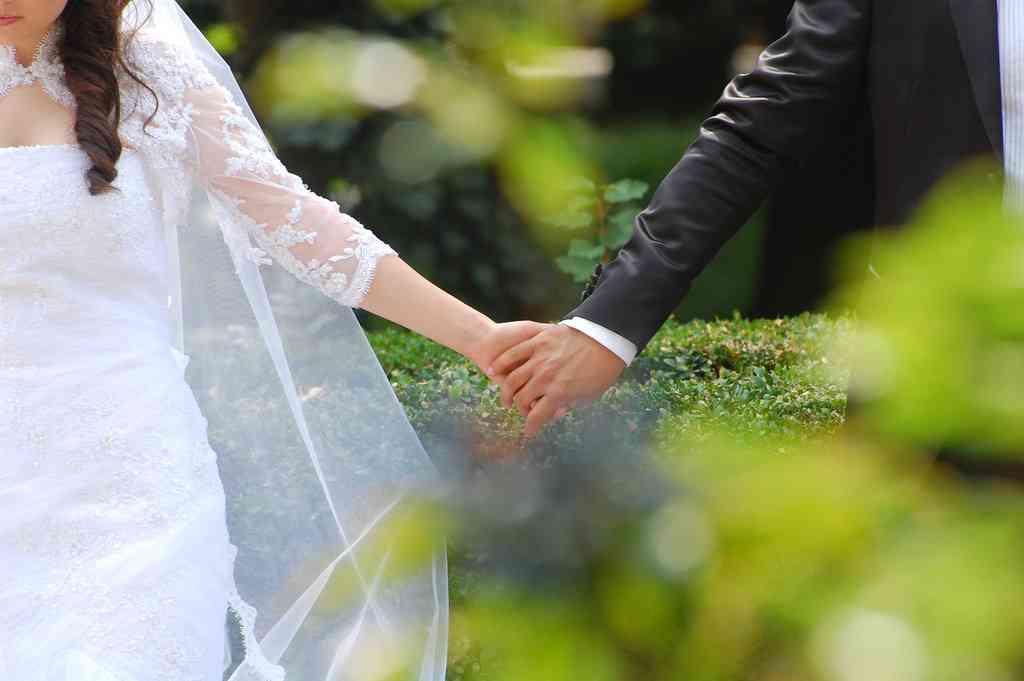 恋愛は時間とお金のムダ? 恋人期間をすっ飛ばして「いきなり結婚族」に賛否両論