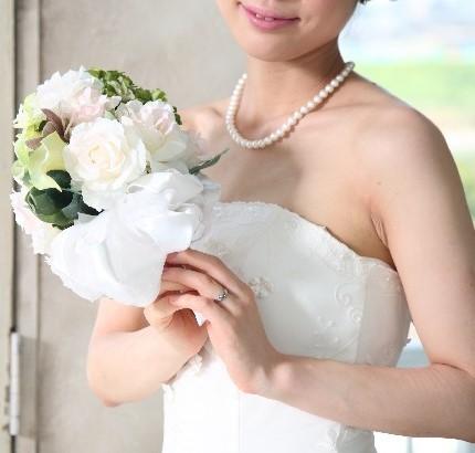 恋愛は時間とお金のムダ? 恋人期間をすっ飛ばして「いきなり結婚族」に賛否両論  | ニコニコニュース