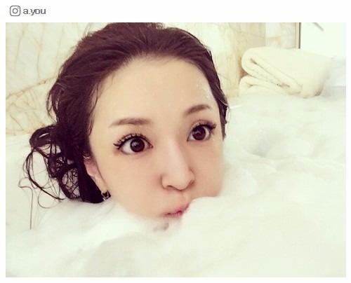 浜崎あゆみ、泡風呂入浴ショットにコメント殺到 - モデルプレス
