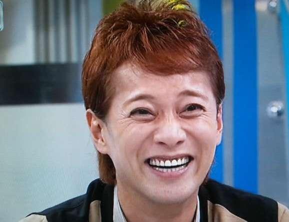 SMAPの中居正広がクリス・ハートの歌唱力を大絶賛「2千万円で買いたい」