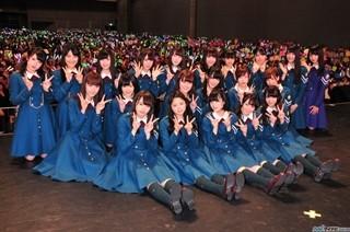 秋元康氏、欅坂46ナチス風衣装を謝罪「ありえない衣装」「監督不行き届き」 | マイナビニュース