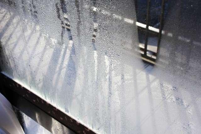「日本の家は寒すぎる!」具合が悪いのは寒すぎる家のせいだった?冬はわずかな温度差でも体に影響