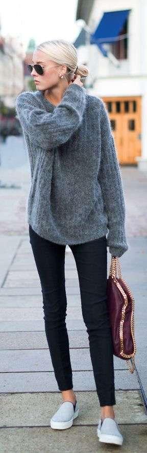 シンプルな洋服を着ると、地味すぎる方