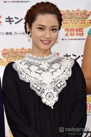 長友佑都と平愛梨の交際は順調…妹・平祐奈が明かす、自身の恋愛は「着物の似合う日本男児と…」