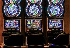 米カジノで女性が当てた約44億円が機械の不具合として「無効」に! | ギガボ!