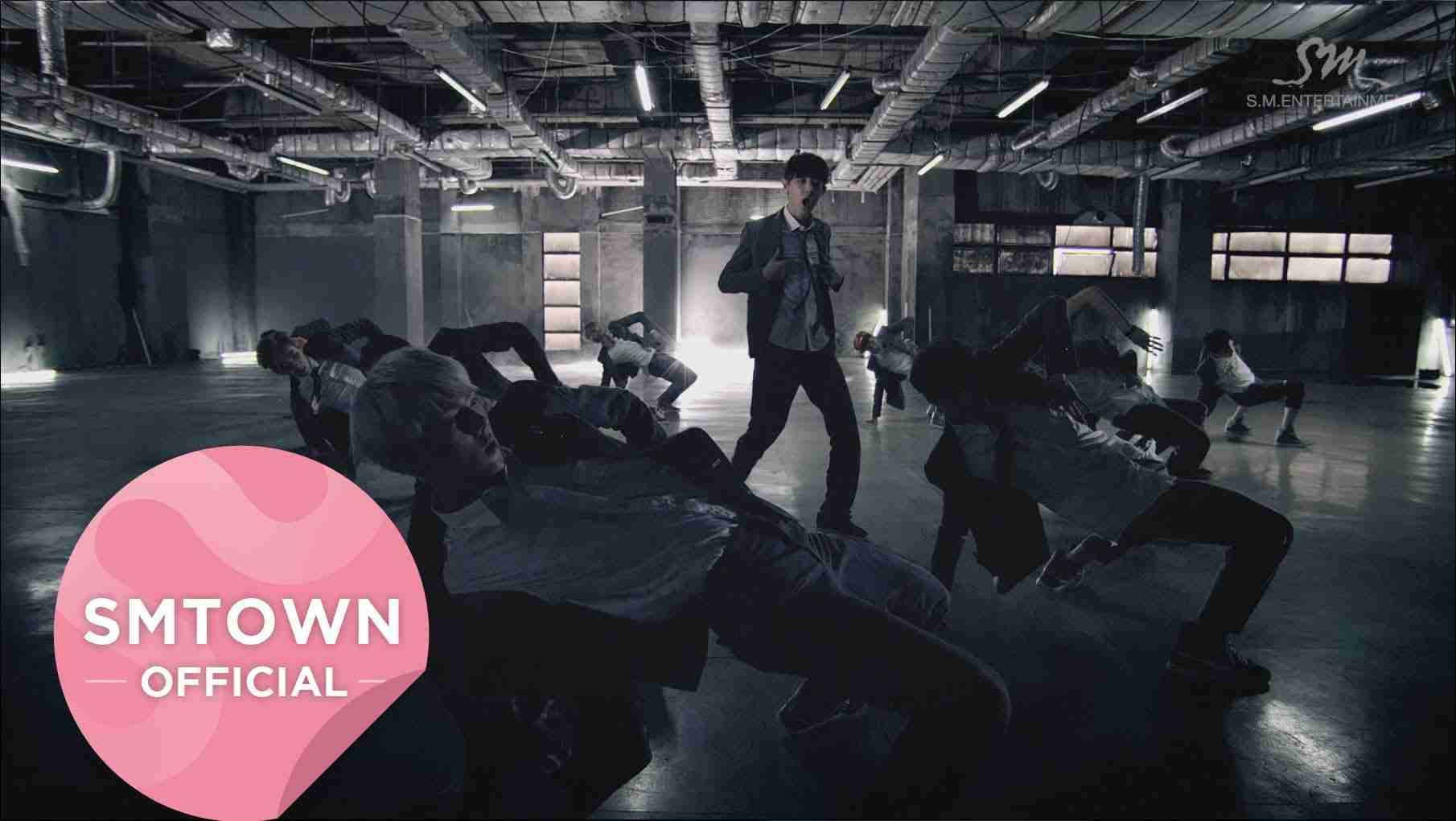 EXO_으르렁 (Growl)_Music Video (Korean ver.) - YouTube