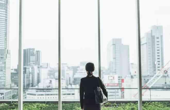 慶大、早大、青学卒の女性も「一般職」に殺到 なぜ今、事務職が人気なの? - ウートピ