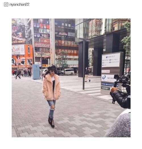 小嶋陽菜、オシャレ過ぎて秋葉原が「ニューヨークに見える」と話題 - モデルプレス