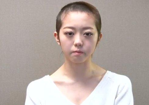 AKB48峯岸みなみ、24歳の誕生日を記念してインスタグラムを開設!