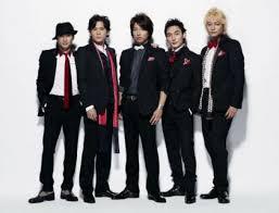 """<紅白>NHKの執念…SMAP""""出演枠""""15分確保のために出場歌手が5組減"""