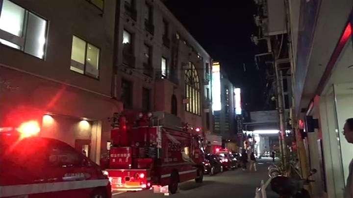 アニメグッズ店で段ボール箱発火させた疑い、中学生逮捕