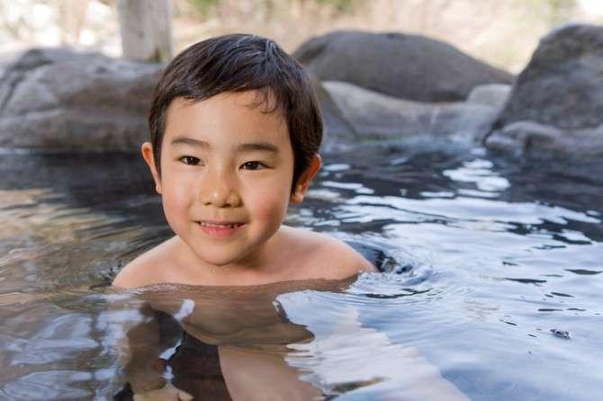 「小学生男子」の女湯の入浴はあり? ●%の女性が「なし」と答える理由は……|「マイナビウーマン」
