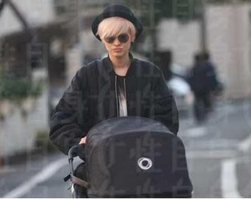 金髪ママの山田優、愛娘のために「14万円ベビーカー」を購入