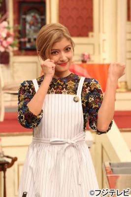 「スマスマ」ローラが変わらぬ笑顔でSMAPを魅了 (Smartザテレビジョン) - Yahoo!ニュース