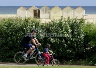 父親の年齢が上がると子どもの知能指数が下がる、研究 写真1枚 国際ニュース:AFPBB News