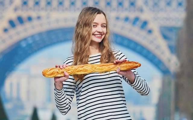 「パンが長すぎる?じゃあこうしよう」 フランス人の『謎すぎるこだわり』    –  grape [グレイプ]