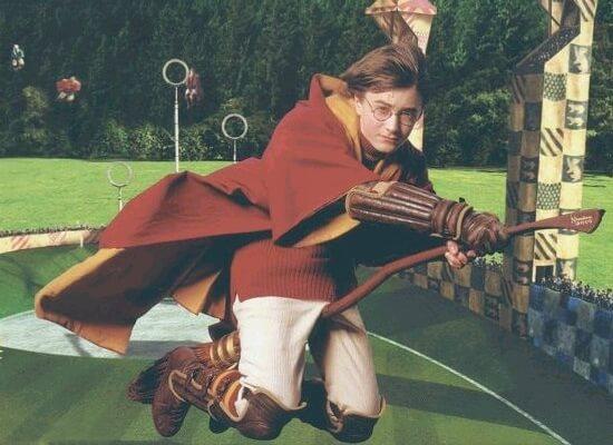 「ハリー・ポッター」に登場する架空の競技クィディッチ、イギリスでプロリーグ化