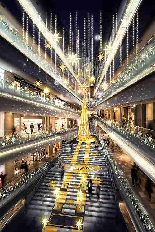 表参道ヒルズのクリスマスイルミネーション - 高さ10mのツリーと共に参加型イルミや光のショーを実施 | ニュース - ファッションプレス