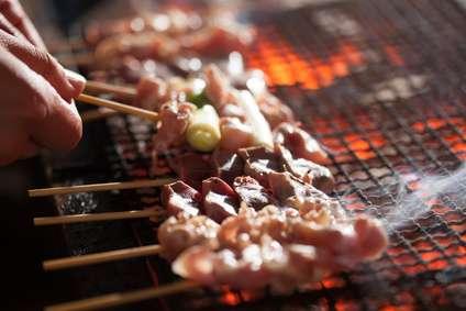 『串打ち三年、焼一生』焼鳥職人の世界   noren japan:日本の伝統文化、伝統工芸品など