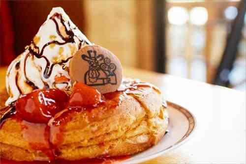 コメダ珈琲から「チョコノワール」登場! チョコといちごの最強コンビが一皿になった冬季限定の味