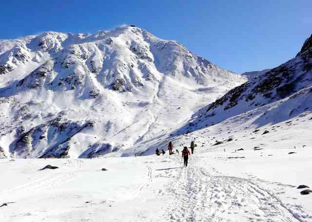 立山連峰で雪崩 東工大パーティー巻き込まれ、1人死亡:朝日新聞デジタル