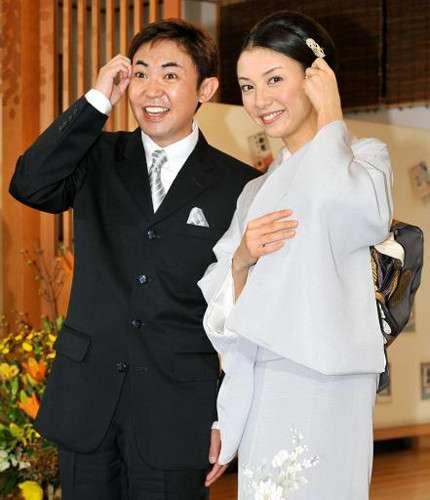 林家三平&国分佐智子に第1子男児誕生!名前は「笑点」で一般公募