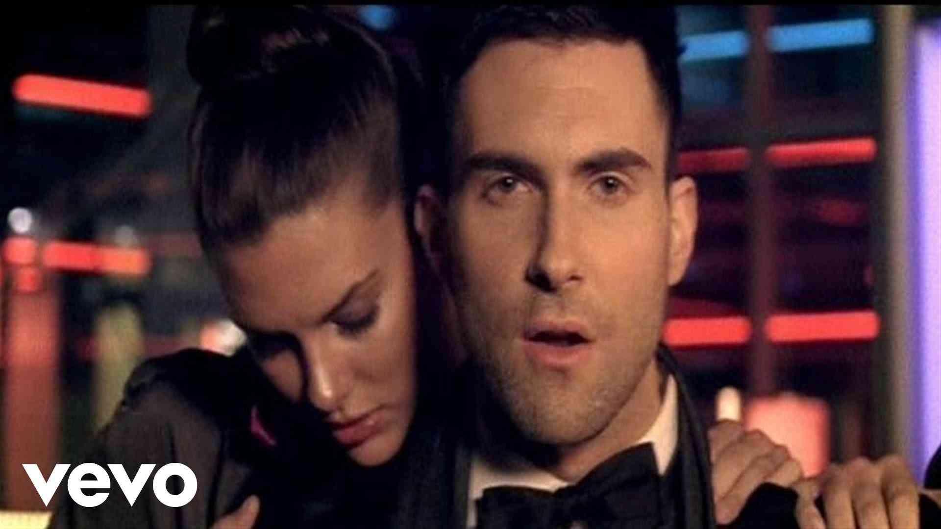 Maroon 5 - Makes Me Wonder - YouTube