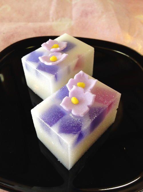 日本の繊細な和菓子の画像貼るトピ