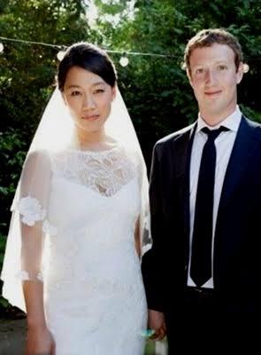 海外の有名人のデート画像を載せるトピ