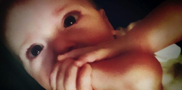 赤ちゃんが泣き止まない原因として「ヘアー・ターニケット」の可能性がある事をご存知ですか? - Spotlight (スポットライト)