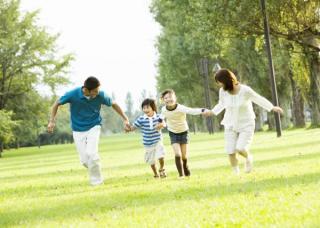 家庭環境が複雑の中で育ったけれど、今は幸せな家庭が築けてる方!