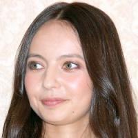 """ベッキー、まさかの「LINE」CMに賭けた""""捨て身""""の復帰計画 - エキサイトニュース"""
