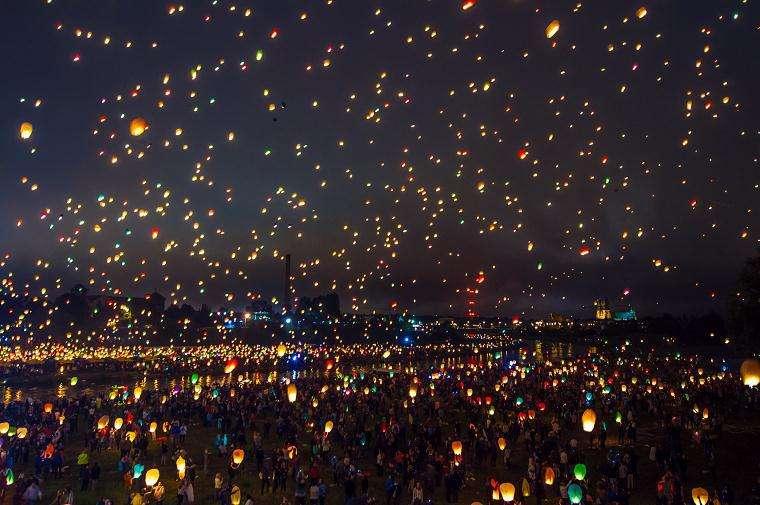 幻想的で綺麗な夜の画像が集まるトピ