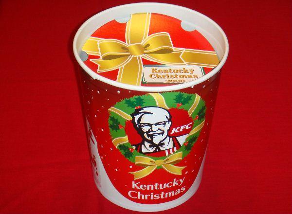 海外「日本は本気か?」クリスマスにKFCを食べる日本に外国人ビックリ