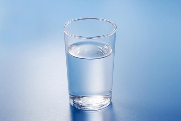 「水素水」には健康効果なしと調査結果 メーカーの反論は - ライブドアニュース
