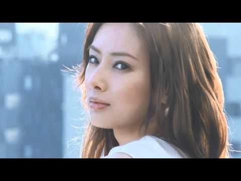 ミンティア CM 「充電する女」篇15秒 - YouTube
