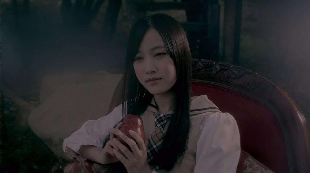 乃木坂46 『初恋の人を今でも』Short Ver. - YouTube