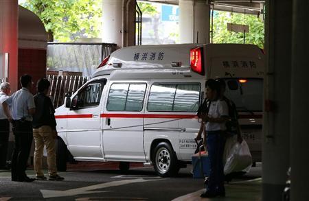 救急車利用のヒドすぎる実態「途中でコンビニ寄って」「ゴキブリ出て不安」などの事例も