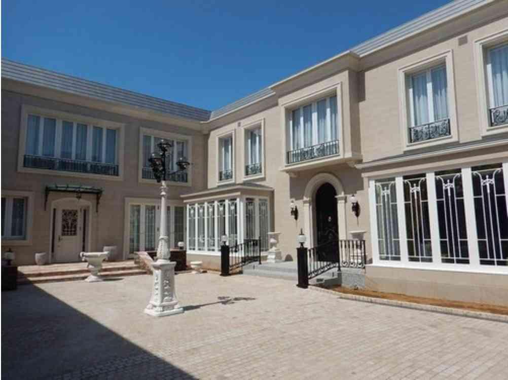 新築47億5000万円…ネットで売り出された超大豪邸の秘密