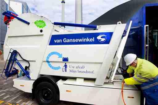 ゴミの分別などおやめなさい、そして国際化を 外国人に大人気のゴミ処理業、明るく孤軍奮闘 | JBpress(日本ビジネスプレス)