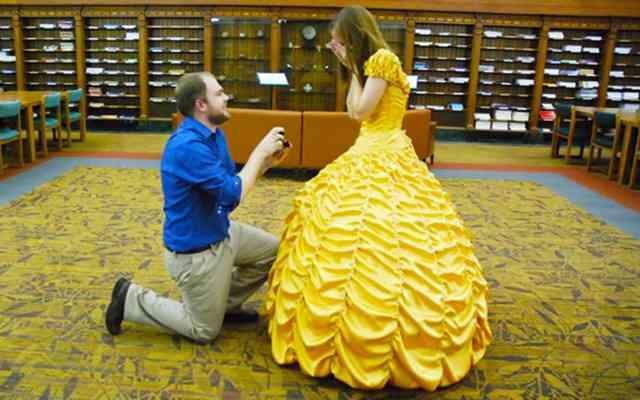 裁縫経験ゼロの男性、彼女のために手作りした『ドレス』がプロ級 これが愛の力なのか!?  –  grape [グレイプ]