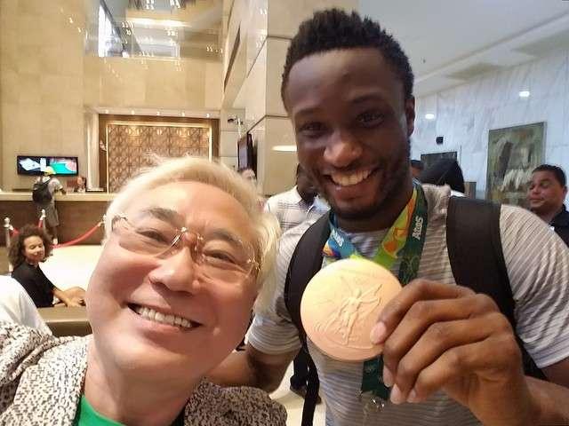 高須克弥氏のナイジェリア支援に称賛の声「スポーツ大臣になってくれ」 - ライブドアニュース