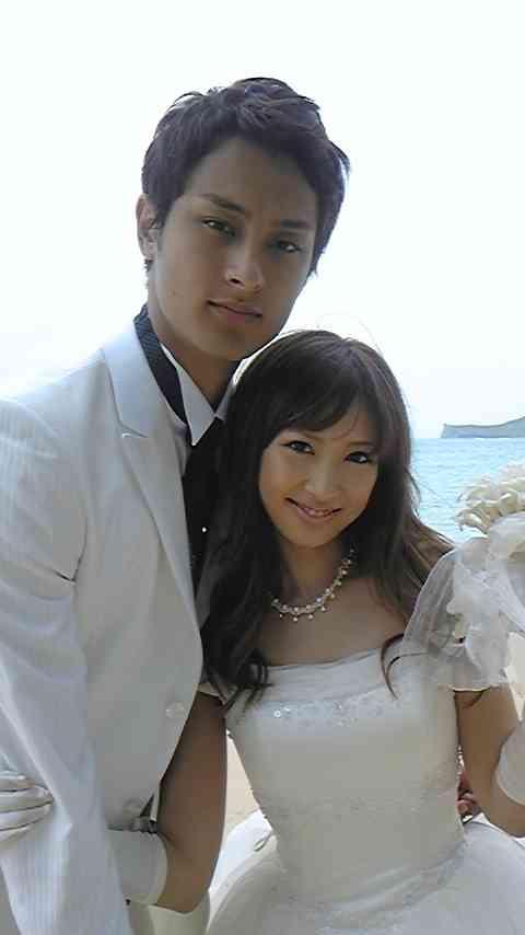 ダルビッシュ有夫人・聖子さん 結婚記念の写真アップ