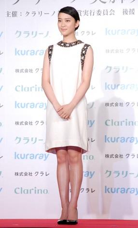 武井咲、脚に自信なかった「細くないし」 『美脚大賞』受賞に感謝   ORICON NEWS