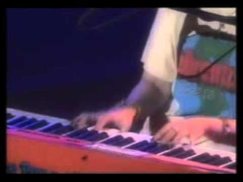 aiko(아이코) - カブトムシ (풍뎅이) Live - YouTube