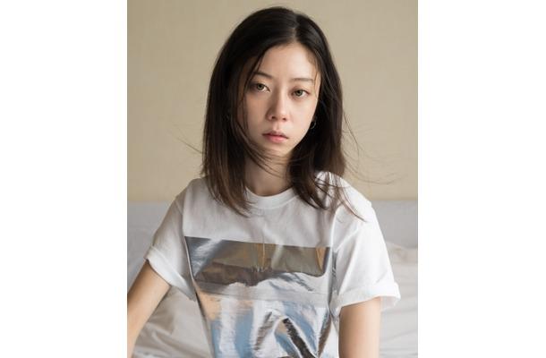 浅野忠信とCHARAの娘・SUMIREが映画『サラバ静寂』で女優デビュー