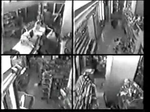 阪神淡路大震災 発生の瞬間 - YouTube